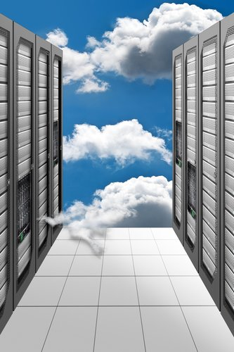 datacenter with cloud1